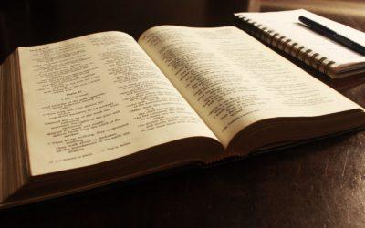 Como encontrar ayuda en la Biblia
